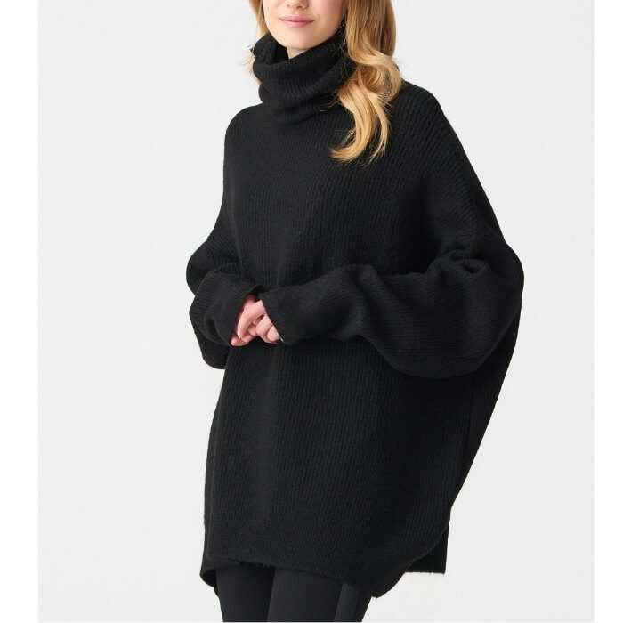 Black oversized knit